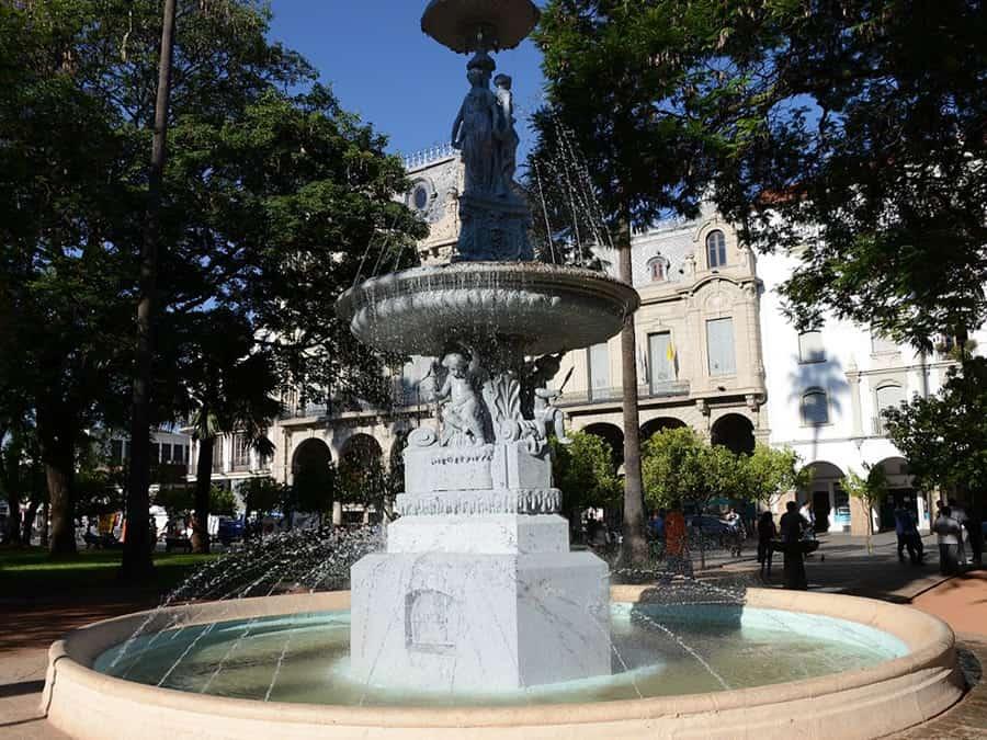fuente plaza 9 de julio
