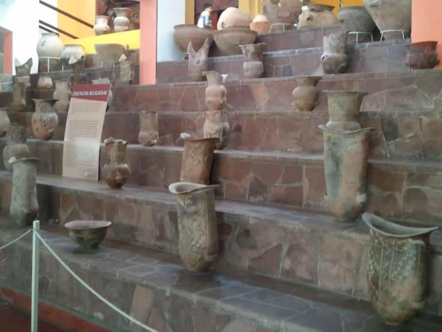 urnas funerarias museo de antropologia