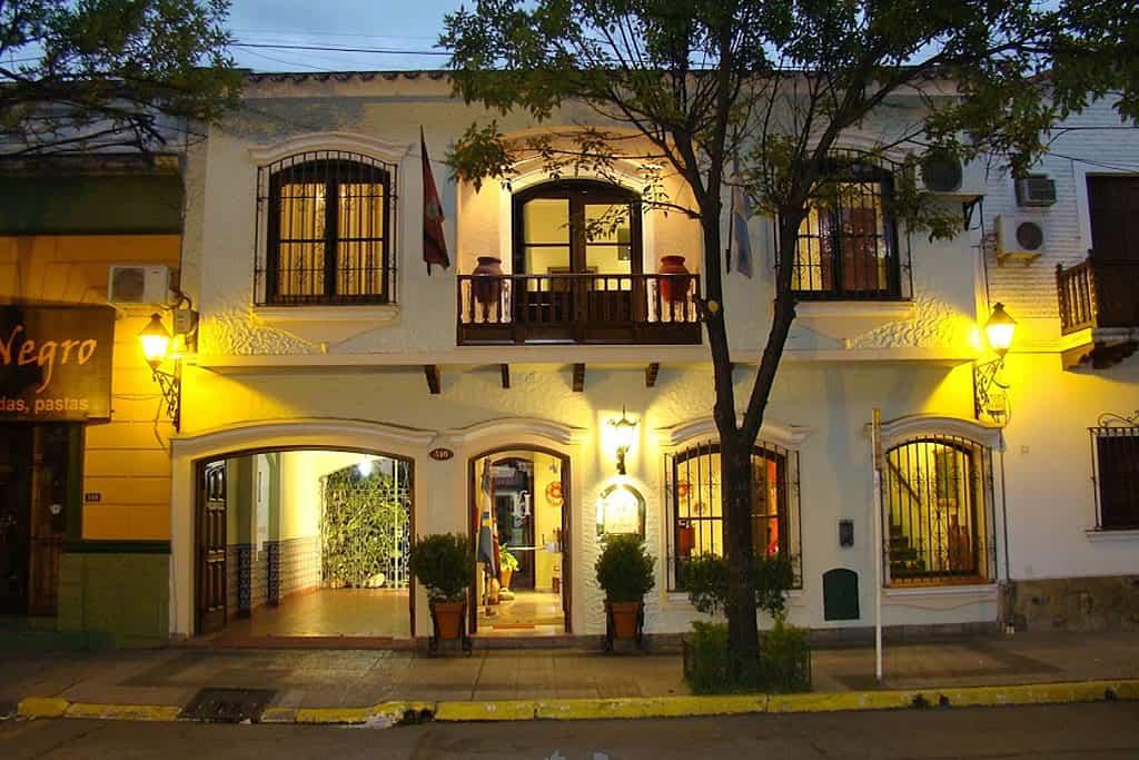 Hoteles en Salta hotel la candela