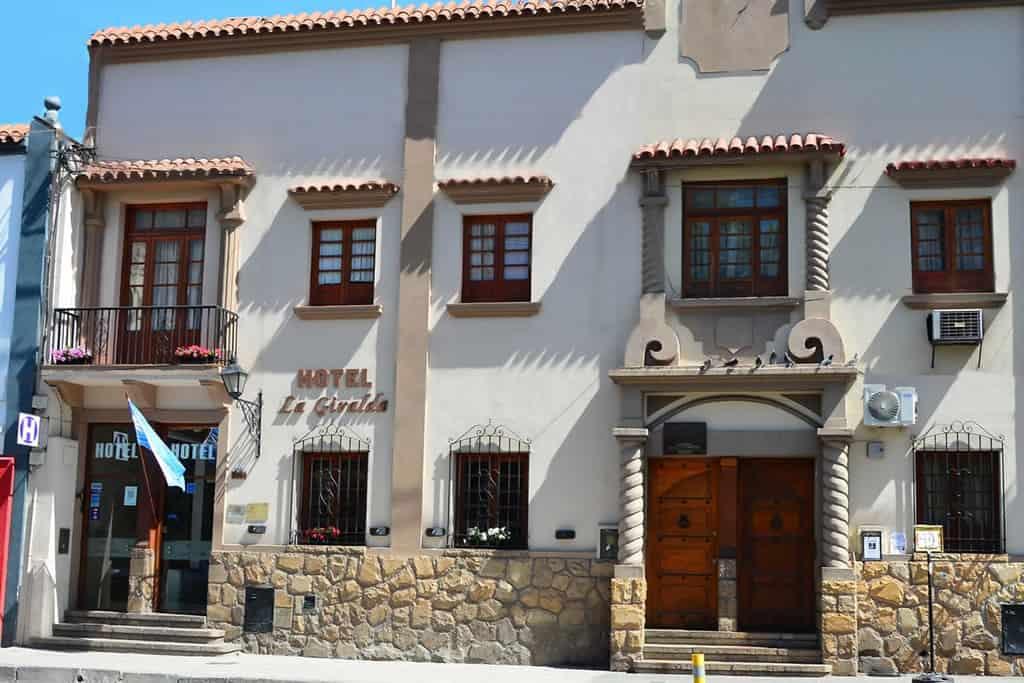 Hoteles en Salta hotel la giralda